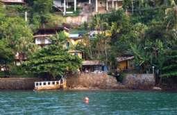 REF: 505 - Casa em Ilhabela-SP  Sul da Ilha