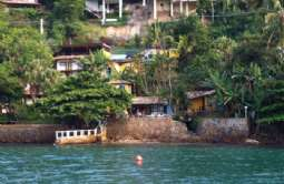REF: CA-505 - Casa em Ilhabela-SP  Sul da Ilha