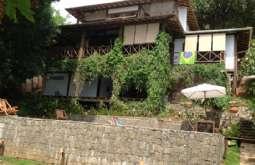 Casa em Ilhabela-SP  Itapecerica