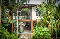 REF: CA-661 - Casa em Ilhabela-SP  Cocaia
