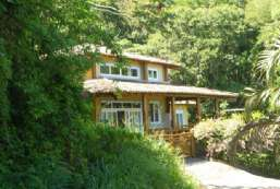 Casa à venda  em Ilhabela-SP - Praia do Curral REF:CA-524