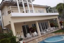 Casa em condomínio/loteamento fechado para locação temporada  em Ilhabela-SP - Reino REF:224