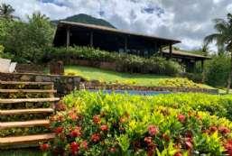 Casa à venda  em Ilhabela-SP - Barra Velha Alta REF:CA-570