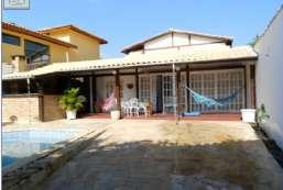 Casa à venda  em Ilhabela-SP - Praia do Curral REF:376