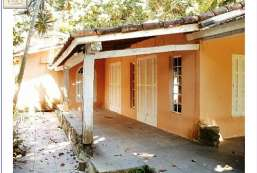 Casa à venda  em Ilhabela-SP - Perequê REF:535